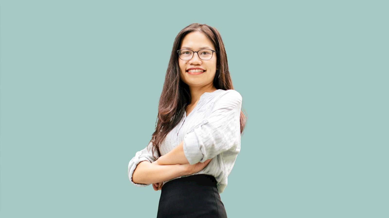 Mai Thi Hong Nhung, the first ACA qualified accountant in Vietnam
