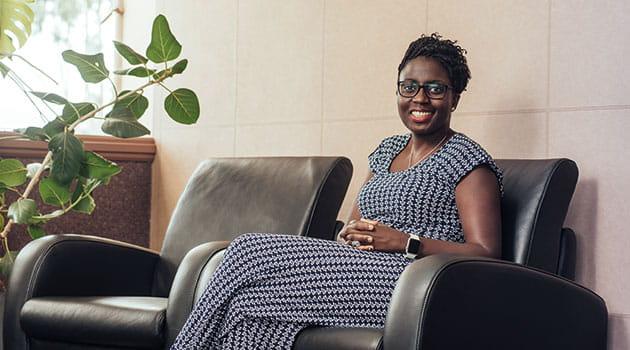 https://economia.icaew.com:443/-/media/economia/images/article-images/630-zimbabew-business-econet.ashx
