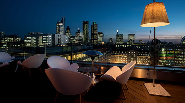 /-/media/economia/images/article-images/aviary-rooftop-bar-630.ashx