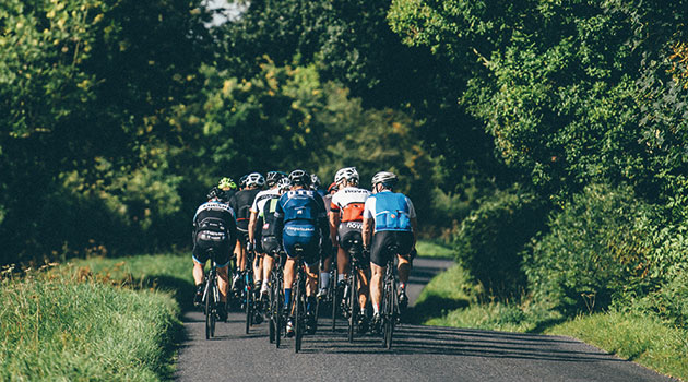 cycling country road 630