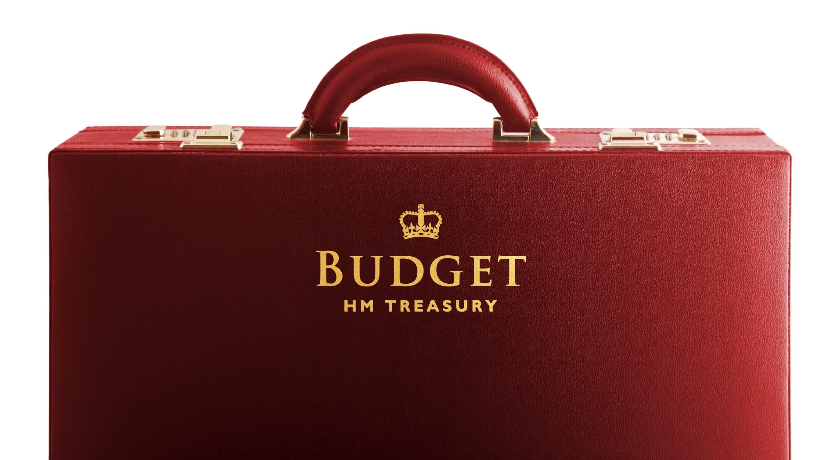 https://economia.icaew.com:443/-/media/economia/images/article-images/pensionsbudgetsuitasetreasury630-min.ashx