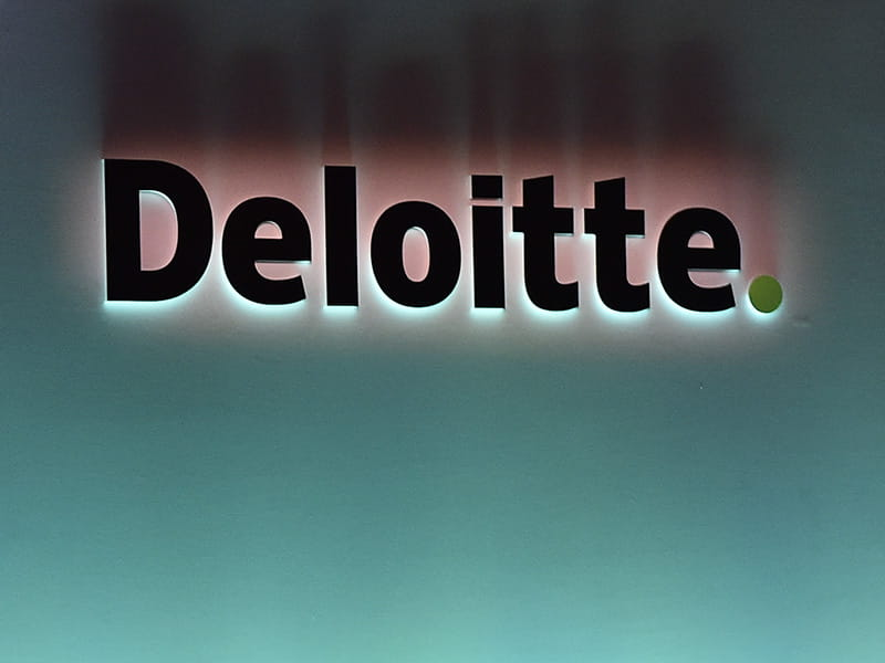 Deloitte to create 350 jobs in Reading | ICAEW Economia